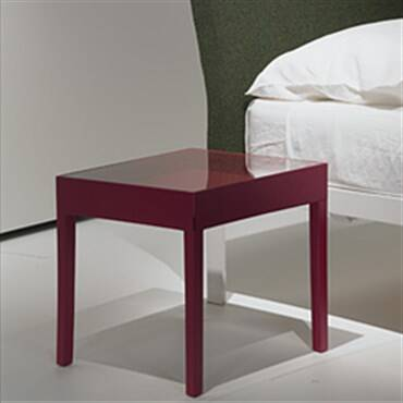 Showcase Side Table